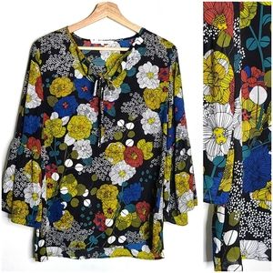 Violet & Claire Top Colorful Bell Sleeve Top Large